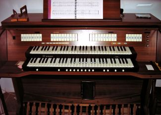 Bobs Rodgers Organ with hand carved notes on top left