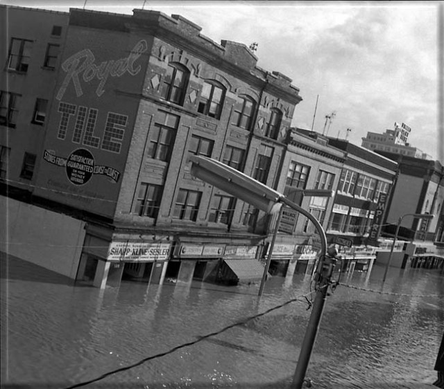 Wilkes Barre flood on Main Street